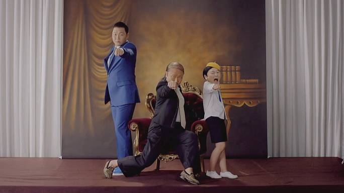 Psy 7. albümünü piyasaya sürdü