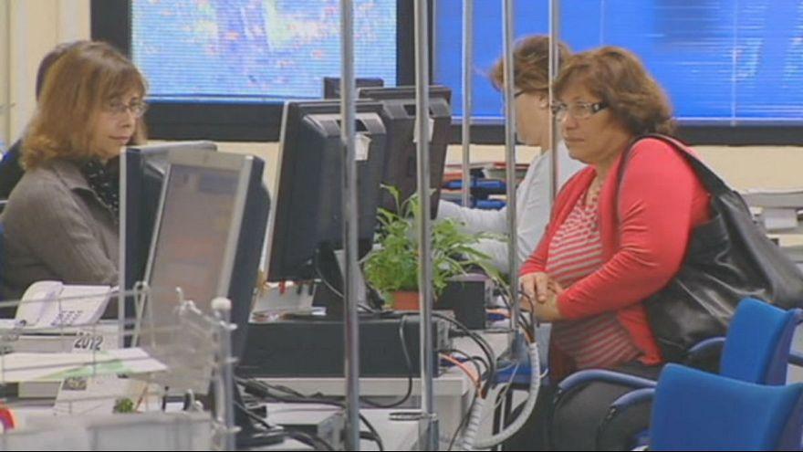 İspanya'da seçimler öncesi işsizlik azalıyor, hükumet memnun