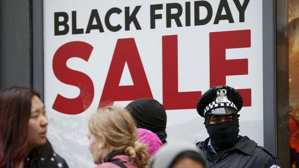 Business Line: verekedések nélkül telt a Black Friday, a vásárlási láz az interneten tombolt
