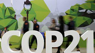 Conferenza sul clima, gli organizzatori cominciano a fare pressione per l'accordo