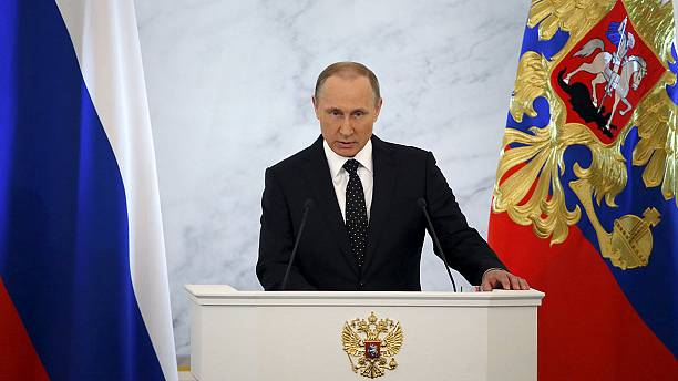 Putin slams Turkey in speech, demands international solidarity against terrorism