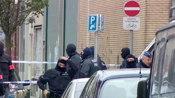 پلیس بلژیک دو مظنون دیگر را در ارتباط با حملات مرگبار پاریس دستگیر کرد