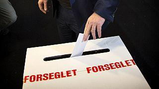 Danes reject further integration into EU