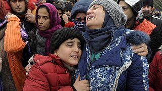 Conflicto entre migrantes y refugiados en la frontera grecomacedonia
