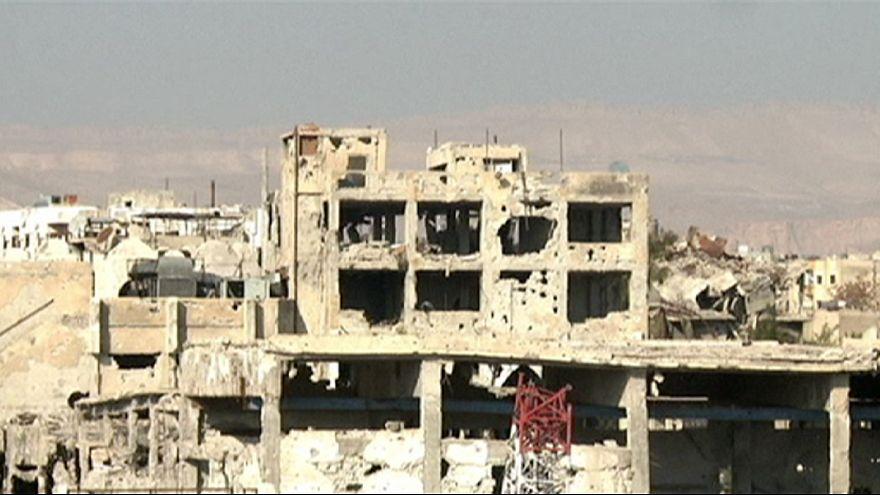 مقتل عشرات المدنيين في غارات لقوات النظام في سوريا