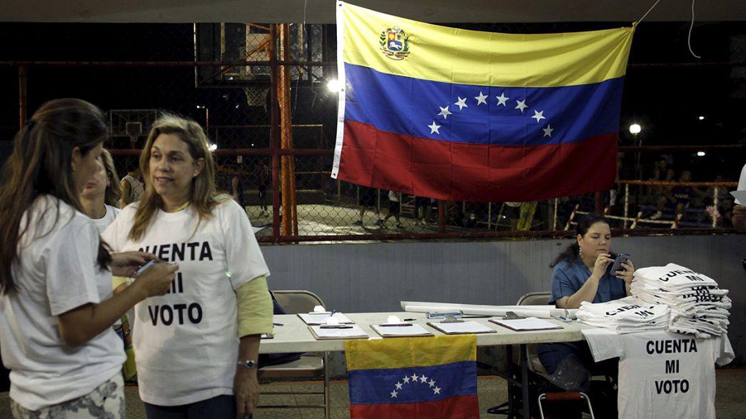 Día de reflexión en Venezuela horas antes de las elecciones que hacen temblar al chavismo
