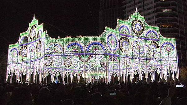 Japon : des lumières en souvenir des victimes du séisme de Kobe