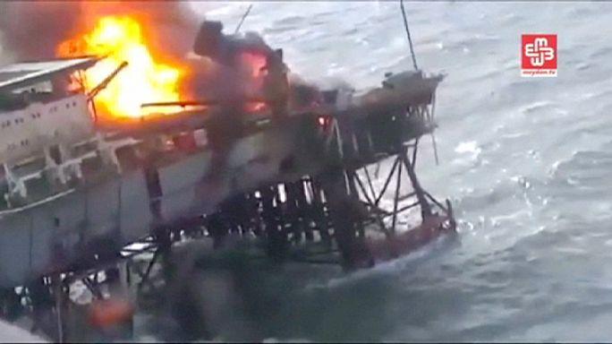 Azerbaycan'a ait petrol platformunda yangın çıktı