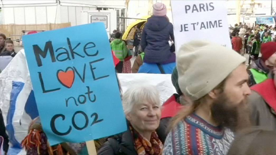 Alternative Klimaschützer demonstrieren in Paris