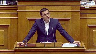 Yunanistan'da parlamento 2016 yılı bütçesini onayladı