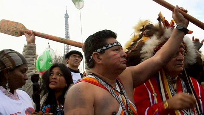 Premières victimes du réchauffement climatique, les indigènes interpellent les dirigeants de la COP21