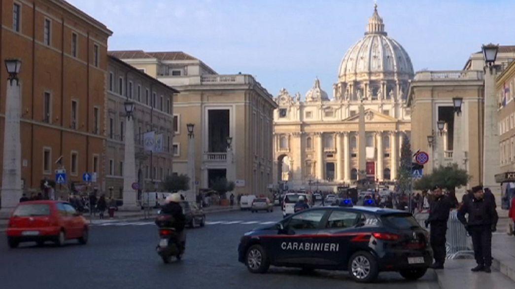 """Papa """"Kutsal Yıl"""" ilan etti, İtalya güvenlik seviyesini arttırdı"""