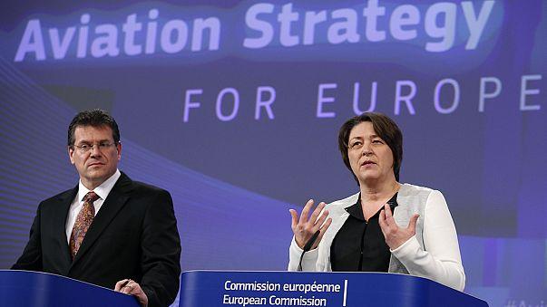 المفوضية الأوروبية تتبنى استراتيجية جديدة للملاحة الجوية في أوروبا