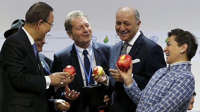 مؤتمر باريس بشأن المناخ يدخل مرحلة الحسم مع بدء اجتماعات على مستوى الوزراء
