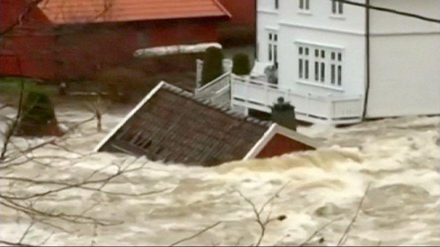 Fortes inondations dans le sud de la Norvège