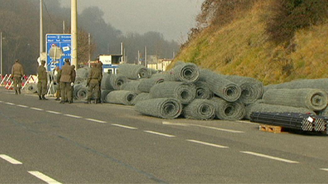 In Europa per la prima volta una recinzione anti-immigrazione fra due paesi Schengen