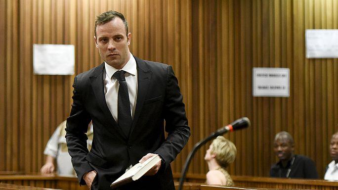 Pistorius libertado sob fiança