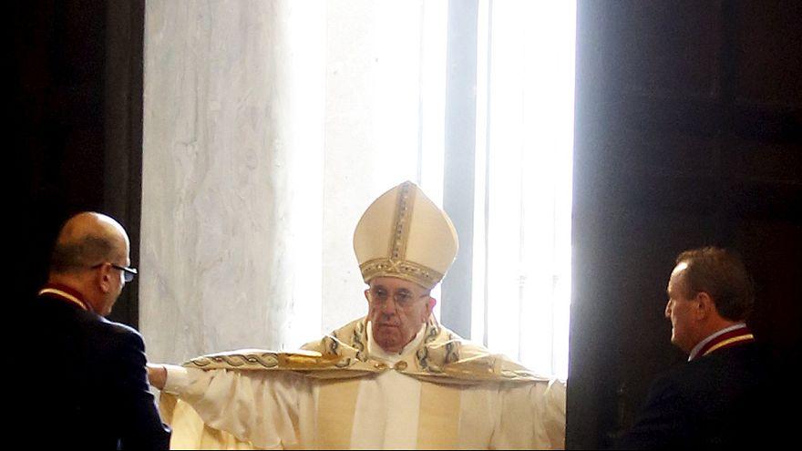 Vatikan'da Merhamet Jübilesi ayini