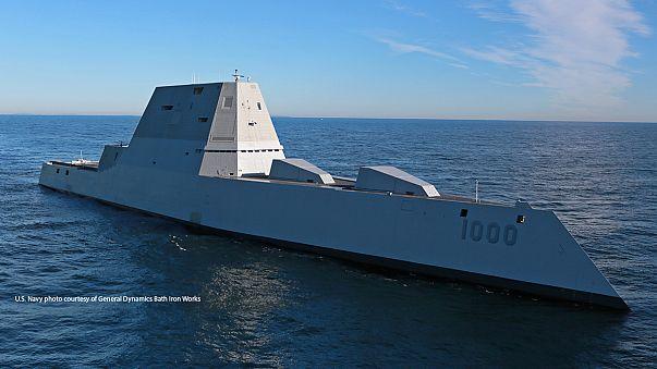 El Zumwalt, un ingente destructor de la Marina de EEUU, inicia pruebas oceánicas en el Atlántico