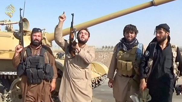 Woher stammen die Waffen der IS-Miliz?
