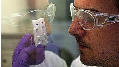 Geheilt und doch krank? Spätfolgen von Ebola-Infektionen kaum erforscht