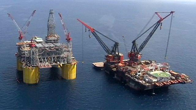 Цена нефти Brent опустилась ниже 40 долларов за баррель