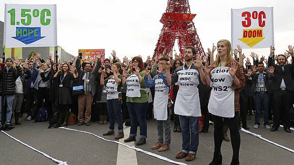 COP21: Θετικά βήματα λίγο πριν το τέλος της κρίσιμης διάσκεψης για το κλίμα
