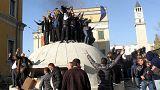 Albania, opposizione in piazza a Tirana chiede dimissioni del Premier Edi Rama