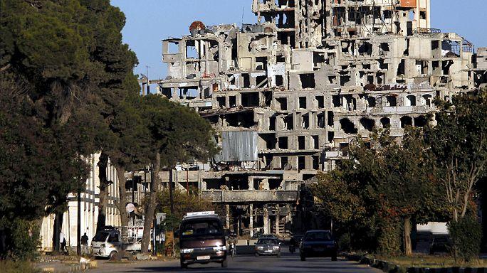 عقب اتفاق التهدئة.....الحياة تعود تدريجيا إلى الوعر غرب حمص