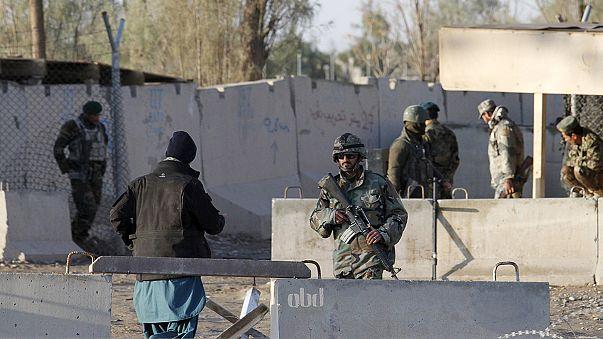 Cerca de 30 muertos en el ataque talibán contra el aeropuerto de Kandahar