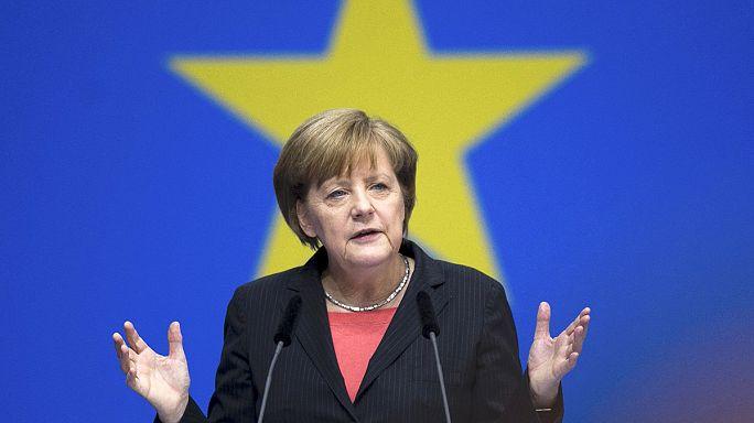 """Merkel """"personnalité de l'année"""" pour le Time, """"désastre de l'année"""" pour les Grecs"""
