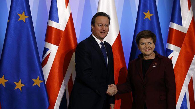 Cameron procura apoio à reforma da UE na Polónia e Roménia