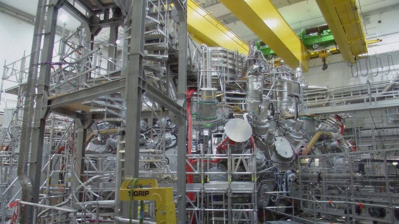 The stellarator: a cool name for a mad hot fusion reactor
