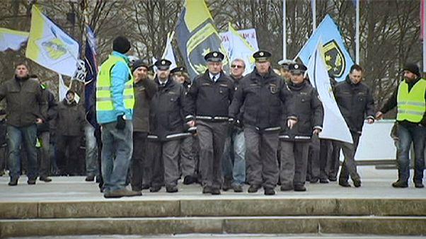 Eslovénia: Polícia manifesta-se por melhores salários