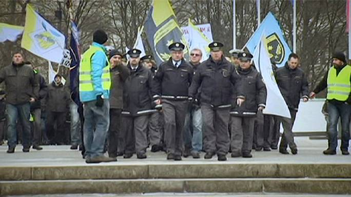 Slovenia's police stage protest for implementation of pay rise