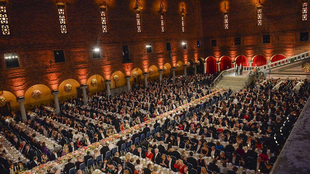 Gálavacsorával és ünnepléssel ért véget a Nobel-díjátadás