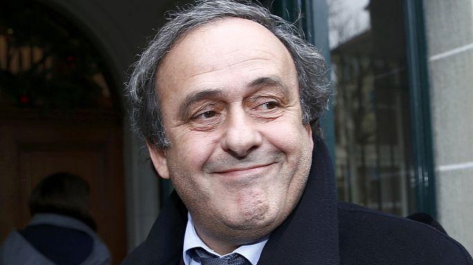 Platini felfüggesztve marad, de csak január 5-ig