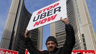 Taxis vs. Uber au Canada