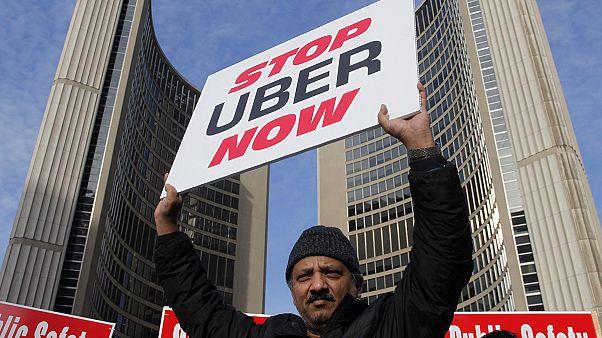 Táxis VS Uber no Canadá