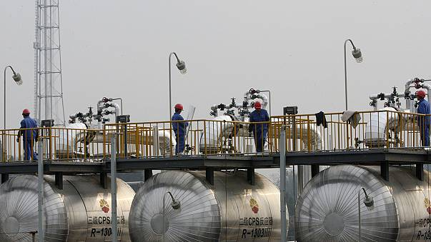 Crude oil prices plunge to fresh 7-year lows