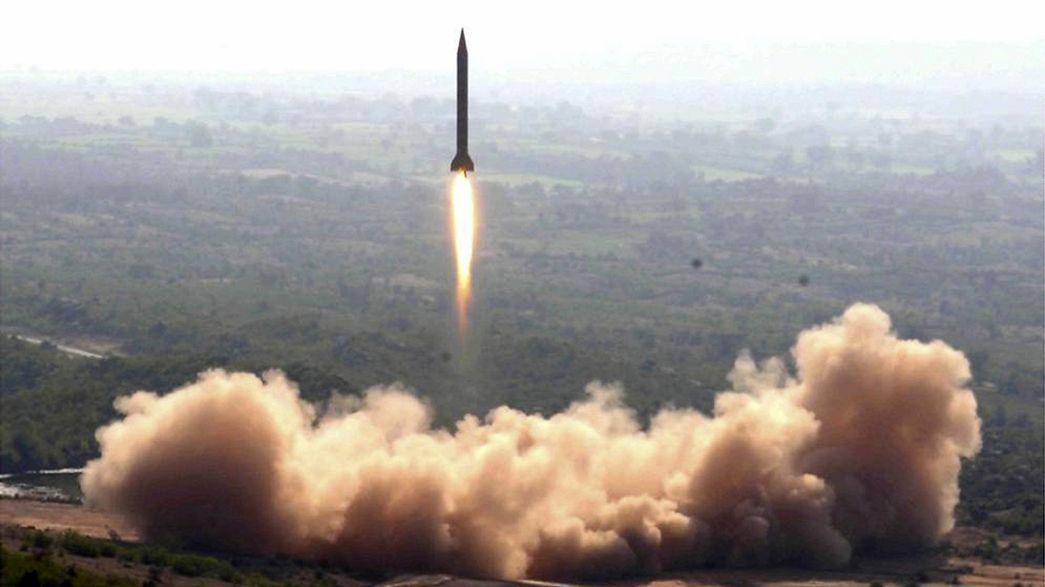 Pakistan ordusu füze denemesi yaptı