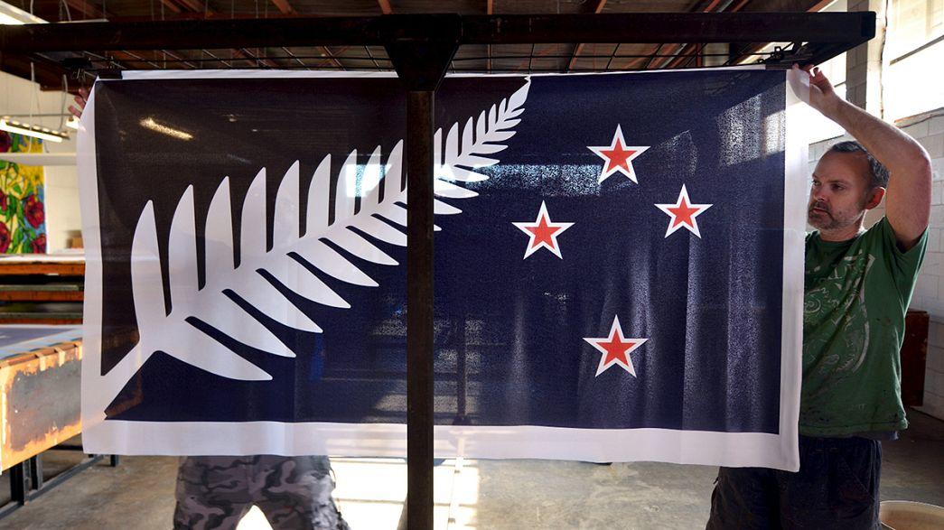 Neozelandeses escolhem bandeira finalista