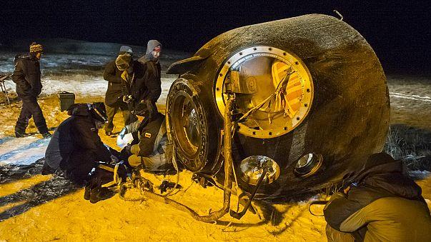 3 رواد فضاء يعودون من محطة الفضاء الدولية