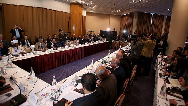 Противоборствующие в Ливии стороны намерены сформировать правительство национального единства