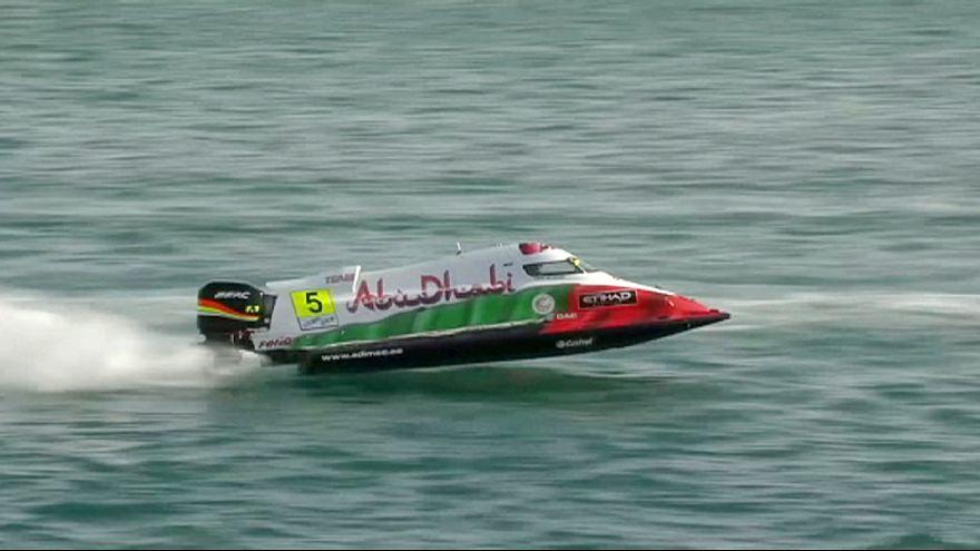 الفرنسي فيليب شيابي يسير نحو التتويج بلقب بطل العالم للزوارق السريعة