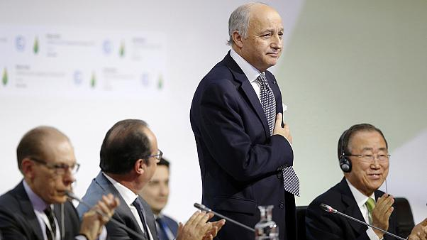 "Francia presenta el borrador del ""texto final"" de la Cumbre del Clima de París"