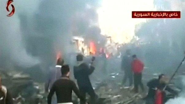 سوريا: مقتل واصابة العشرات في انفجارين قرب مستشفى بمدينة حمص