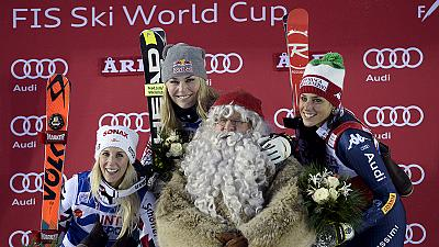 Lindsey Vonn wins giant slalom as Mikaela Shiffrin crashes out