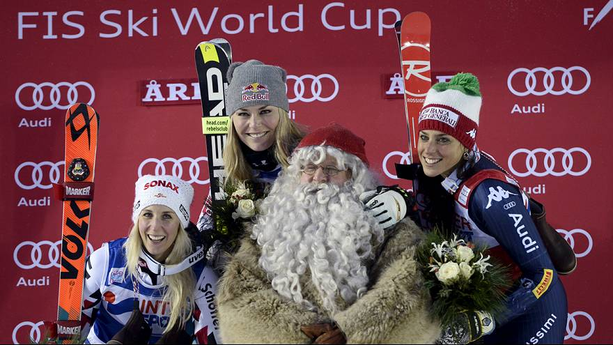 لينسي فون تفوز بمنافسات التعرج العملاق للتزلج في السويد