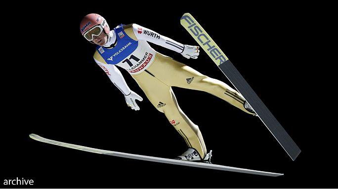 الألماني سيفيرين فروند يسيطر على منافسات القفز التزلجي في روسيا